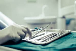 dentists choose equipment table